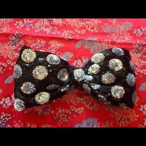 DISNEY LARGE Black Sequin Polka Dot Hair Bow Clip